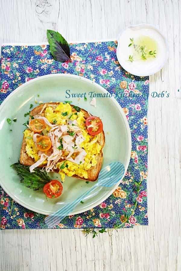 早餐香草蛋.火雞片,番茄 003