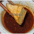 油豆腐沾豆腐乳醬