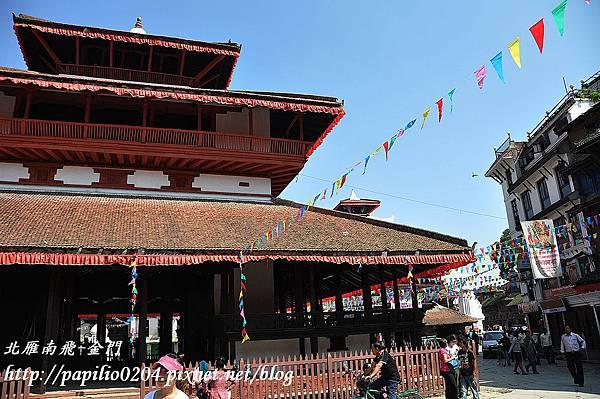 加德滿都(Kathmandu)杜兒巴廣場(Durbar Square)加薩滿都(Kastha Mandap)