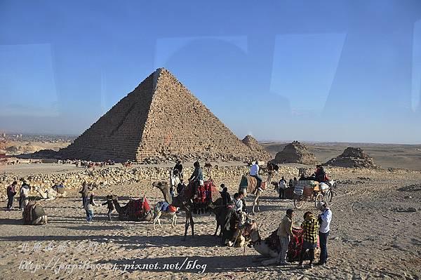 卡夫拉金字塔