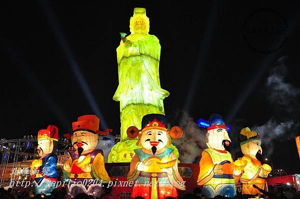 22宗教祈福燈區主燈