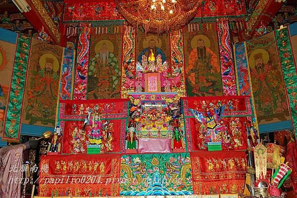 浯島城隍廟中搭的醮