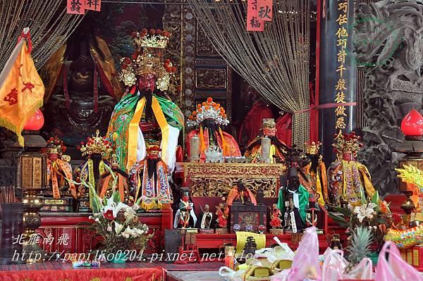 從各宮廟集合到浯島城隍廟中參與後浦迎城隍的金門在地神明