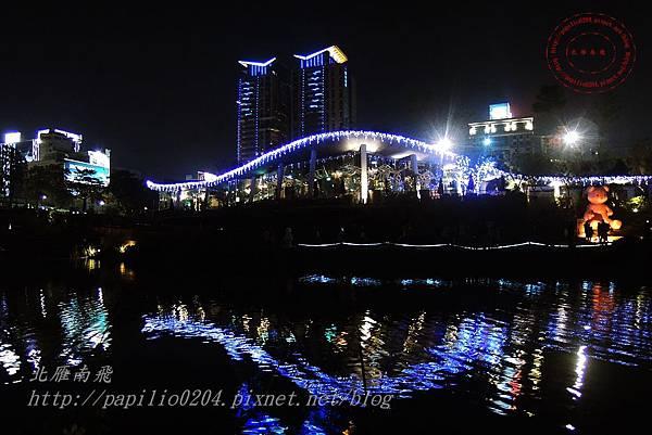 02秋紅谷夜景.JPG