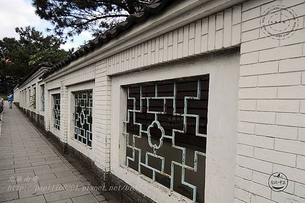 02逸仙公園外牆.JPG