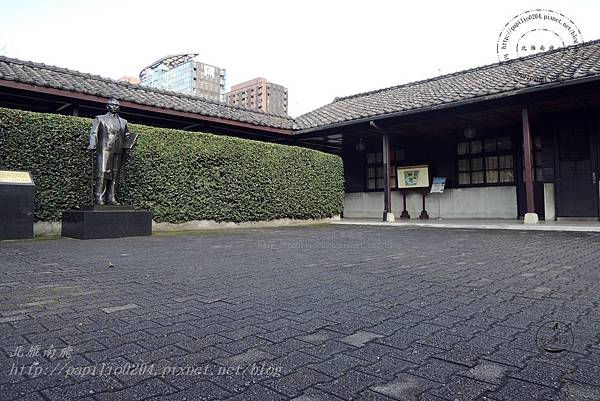 04逸仙公園入口廣場.JPG
