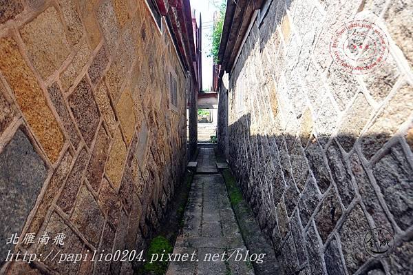 15金門城南門建築群-金門城57號與58號間前窄巷.JPG