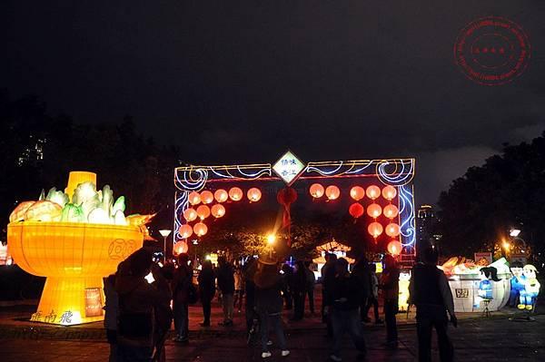 16 2014中臺灣元宵燈會香港花燈.JPG