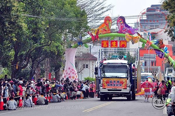 01 2014台灣燈會踩街遊行.JPG