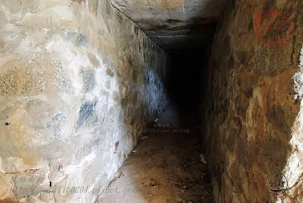 26 八二三砲戰紀念園區-運補坑道.JPG