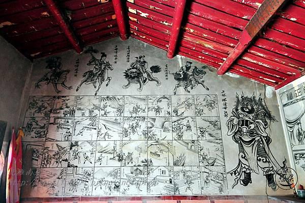 29保障宮右側牆面壁畫.JPG