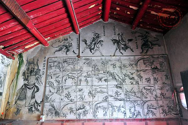25保障宮左側牆面壁畫.JPG