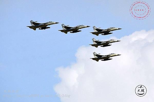 08 20140719清泉崗空軍基地營區開放-IDF 戰機編隊衝場飛行表演.JPG