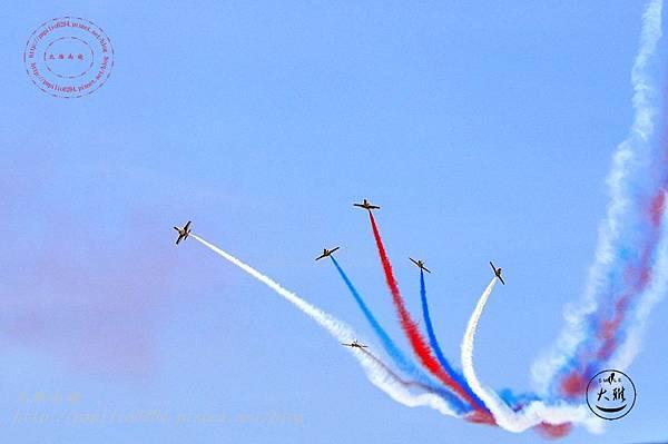 19 20140719清泉崗空軍基地營區開放-雷虎小組飛行表演.JPG