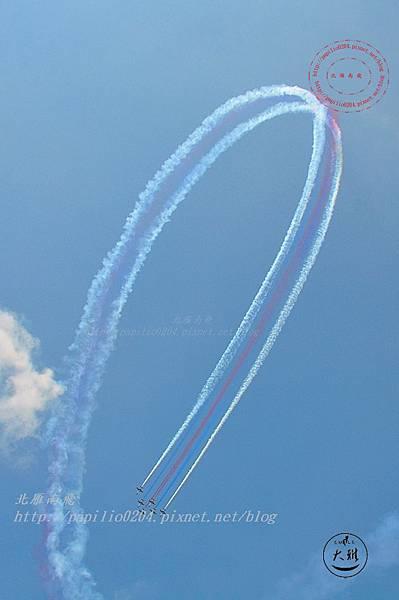 32 20140719清泉崗空軍基地營區開放-雷虎小組飛行表演.JPG