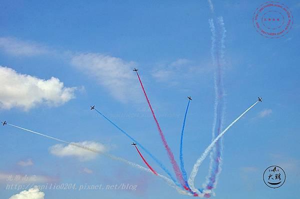 33 20140719清泉崗空軍基地營區開放-雷虎小組飛行表演.JPG