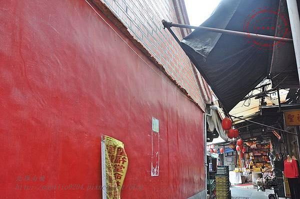 25金門靈濟寺側牆.JPG