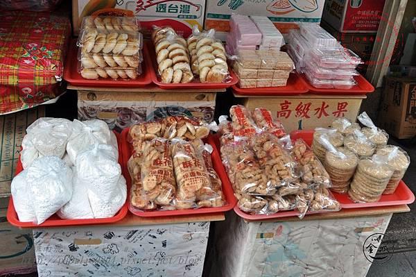 30金門靈濟寺附近店家賣的點心.JPG
