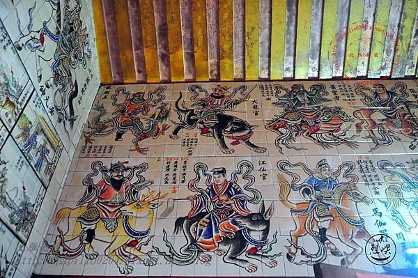 25烈嶼青岐天師宮內部壁畫.JPG