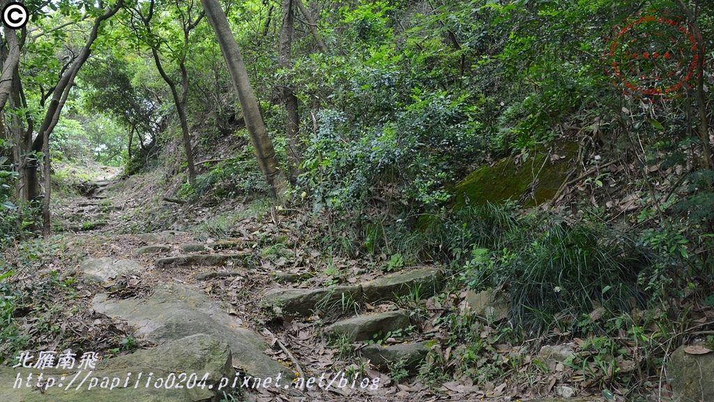 21太武山十二奇-蟹眼泉步道.JPG