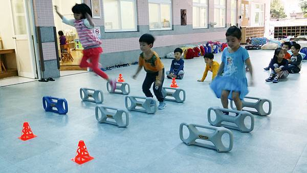 Parabell平衡鈴親子體適能運用