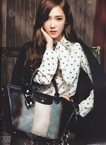 140824-snsd-jessica-cosmopolitan-china-september-issue4