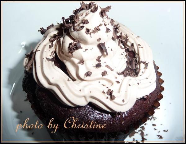Mocha Chocolate Cupcakes-2