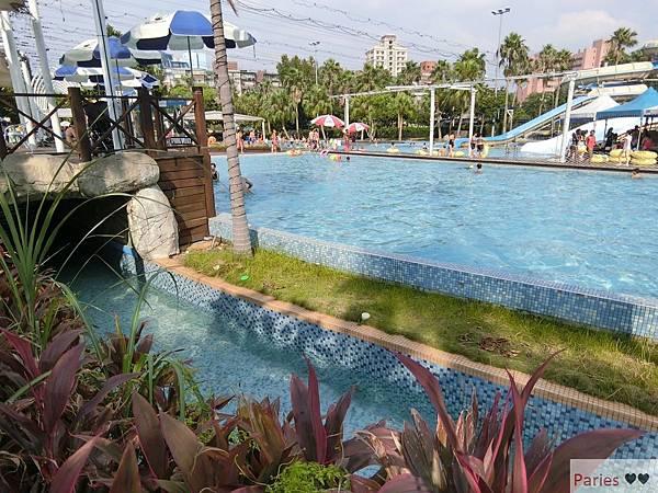 落得城堡 pool party_434