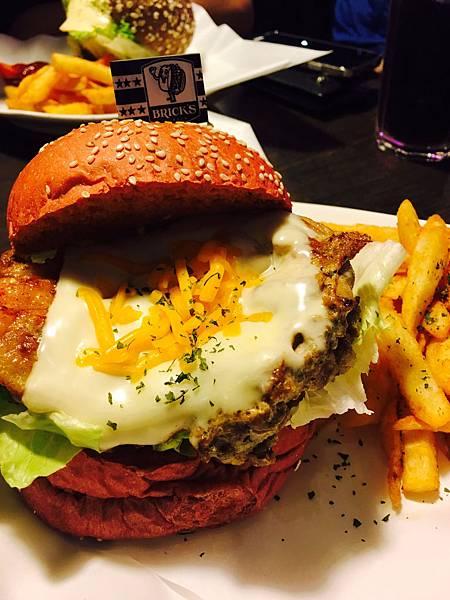 (食記)西門~美味養生大漢堡 BRICK'S BUGER