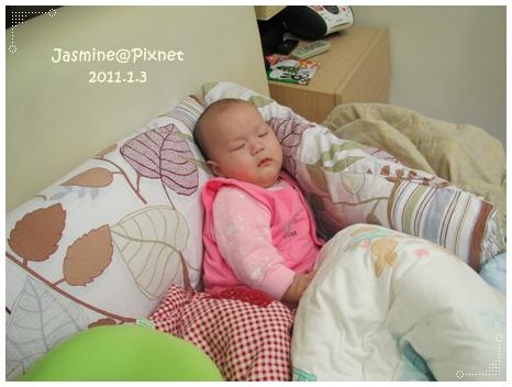 妹子睡.JPG