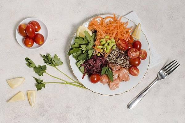 flat-lay-plate-healthy-food_23-2148381260