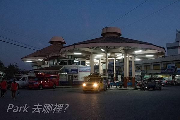 巴士站-1.jpg