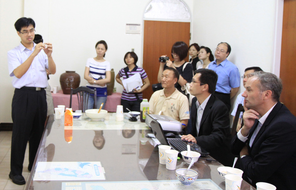 特別邀請食材達人徐仲,說明「台灣起司」與「西方起司」的不同