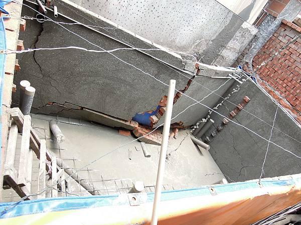 20110728失敗的魚池_0097_調整大小.jpg