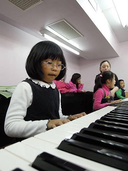 20120111山葉鋼琴_0048_調整大小.jpg