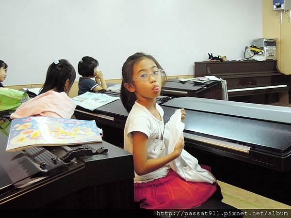 20121010山葉鋼琴_0011_調整大小