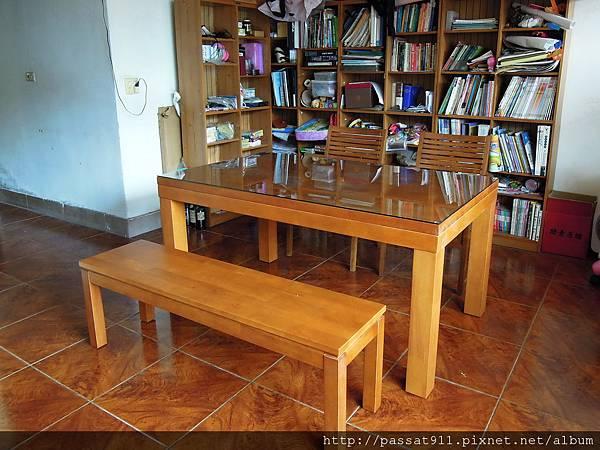 20121015新書桌椅_0017_調整大小