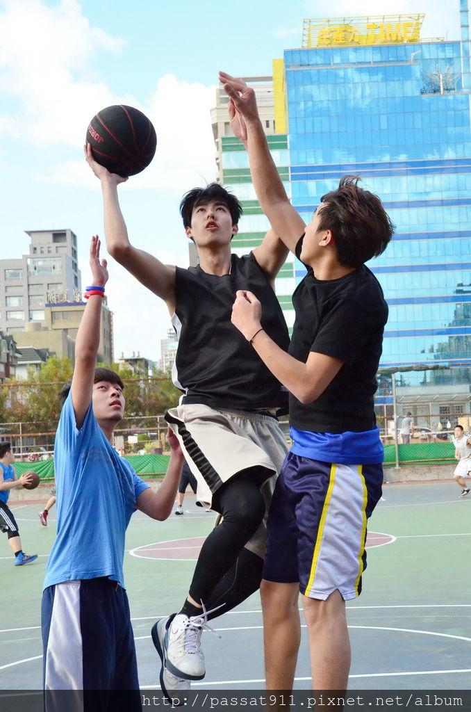 20140203台中文心公園籃球_0030_調整大小.jpg