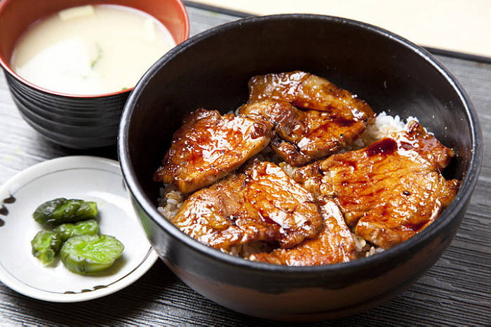十勝豚肉工房YUTAKU(From www.kokkaidolikers.com).jpg