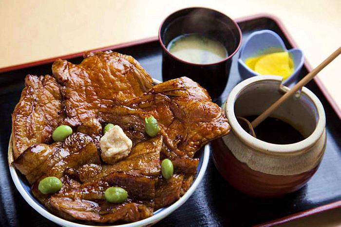 豚丼之HANATOKACHI(From www.kokkaidolikers.com).jpg
