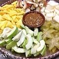 印尼,水果沙拉.沙嗲.炸春捲