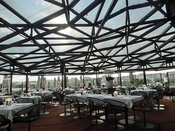 16影子餐廳晚餐 les-ombres(14)