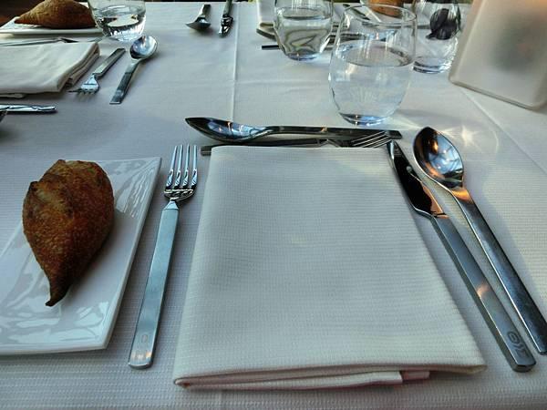 16影子餐廳晚餐 les-ombres(15)