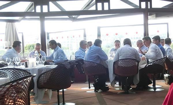 16影子餐廳晚餐 les-ombres(23)