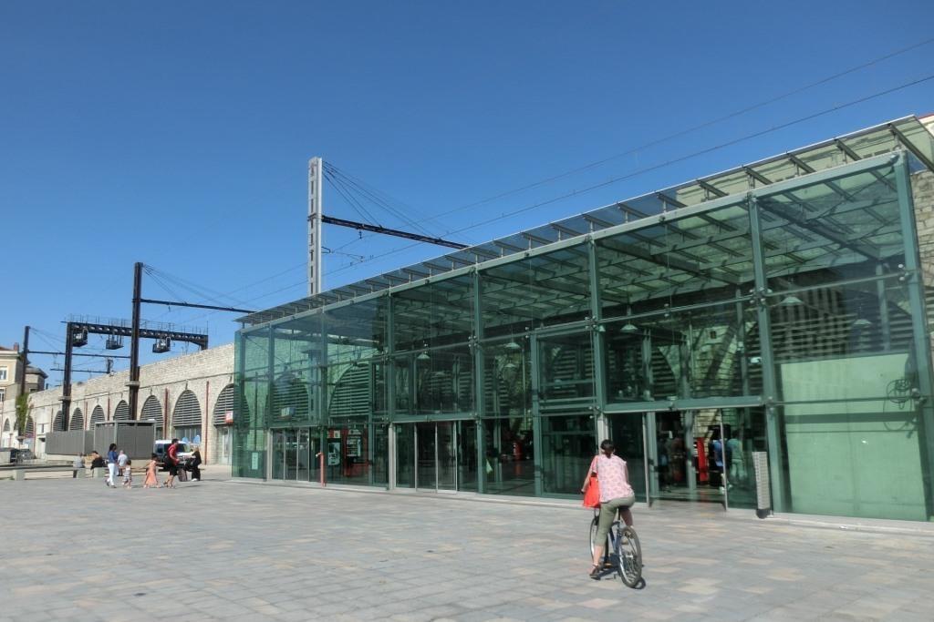 2尼姆車站 (1)