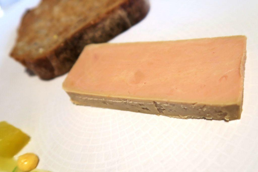 米其林午餐鵝肝醬 (1).JPG