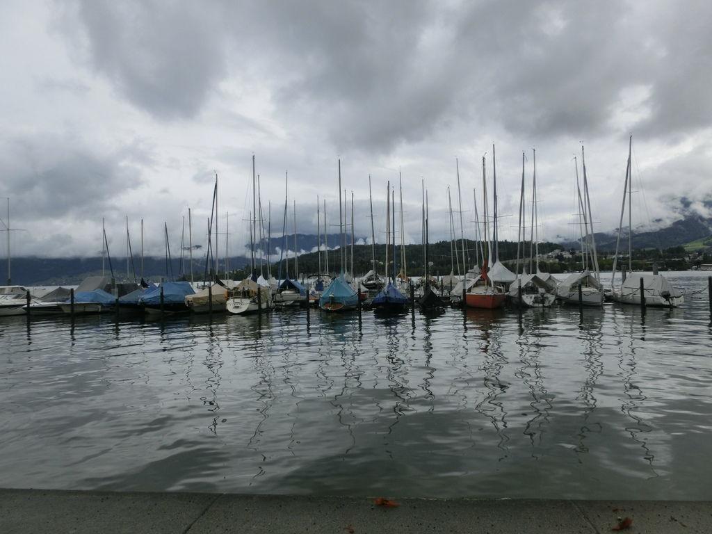 琉森湖邊 (2).JPG