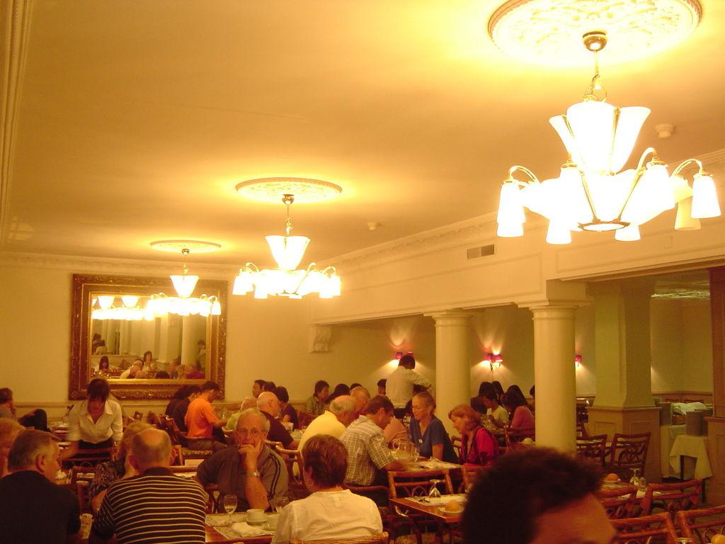 100722盧森飯店晚餐 (6).JPG