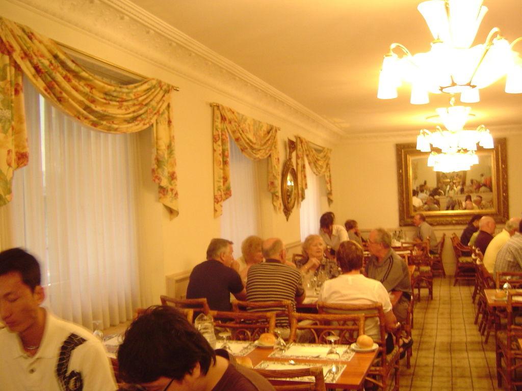 100722盧森飯店晚餐 (5).JPG