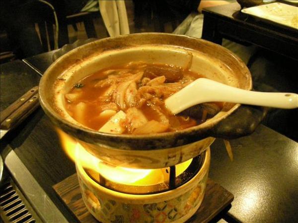 這是辛辣牛肉鍋